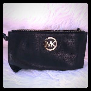 MK Clutch Black